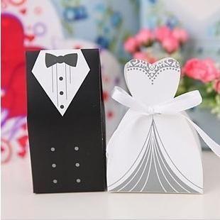 vente chaude boîte à bonbons mariée marié mariée de mariée en faveur des titulaires de haute qualité, des boîtes-Cadeaux robe smoking s de la nouvelle arrivée bon marché