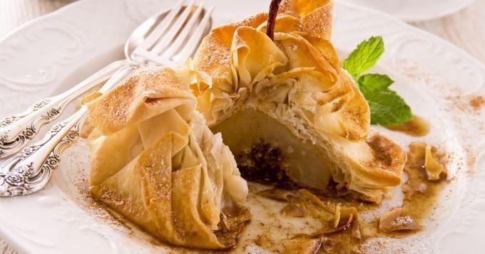 15 recettes sucrées à base de feuille de brick - Bûche pommes noix façon strudel  - Cuisine AZ