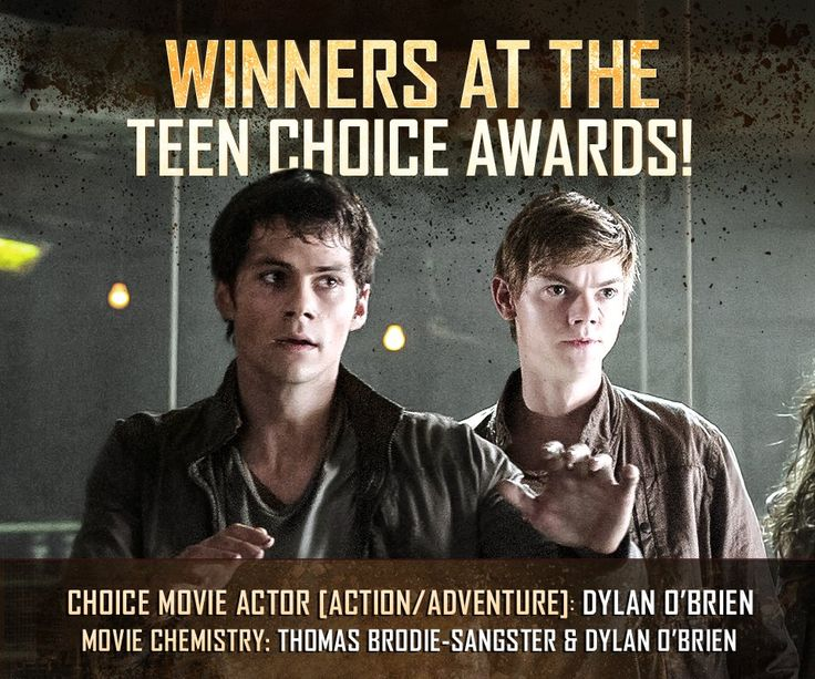 Winners at the 'Teen Choice Awards' - 'Movie Chemistry': Thomas-Brodie Sangster and Dylan O'Brien