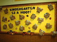 Website with bulletin board and door decoration ideas! Divided up by months, seasons, holidays, grades, subjects, and themes!