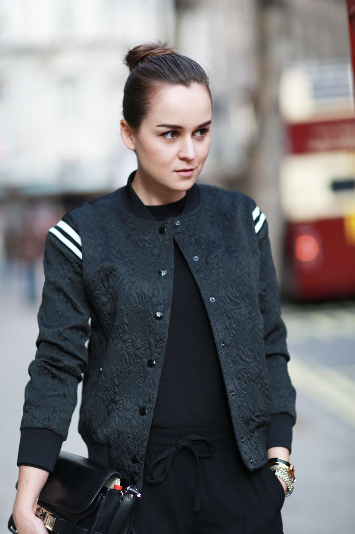 LOVE the detail on the jacket! - Style Scrapbook: LONDON