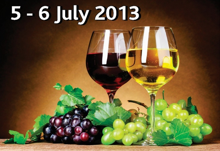 Experience a wide selection of exquisite wines at Emerald Resort & Casino's annual wine show with 38 stalls from 40 different farms at the Events & Exhibition Centre. The 2013 Wine Show will be held on the 5th and 6th of July 2013. Over 200 wines, to suit every taste and pocket, will be available for sampling. http://www.n3gateway.com/things-to-do/food-wine-beer.htm