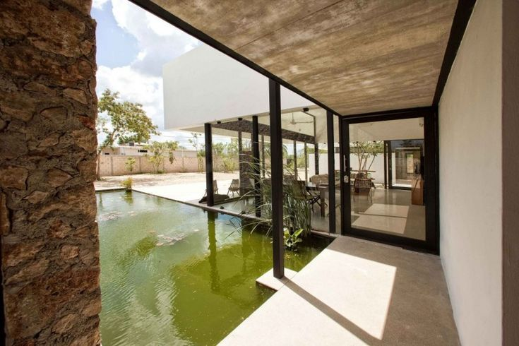 Gershenson House by Roman Gonzalez Jaramillo | HomeDSGN, a daily source for inspiration and fresh ideas on interior design and home decoration.