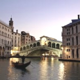 Venice, Italy. Pretty much the most romantic place ever in my opinion.: Most Romantic Places
