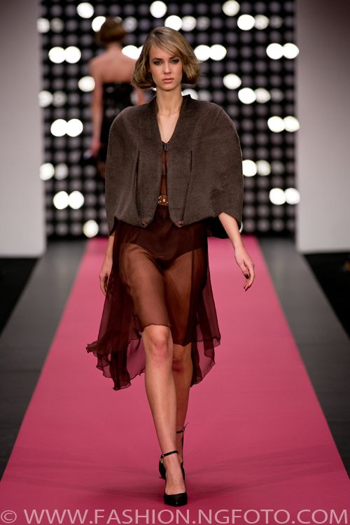 Deryn Schmidt, New Zealand Fashion Week 2013, shot by Michael Ng Photography