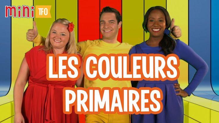 Louis, Josée et Lexie montrent en chanson comment les couleurs primaires se transforment en couleurs secondaires.