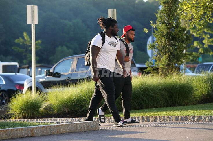 Brown and Roberts-Players report for training camp | New England Patriots
