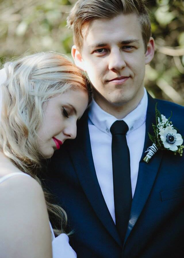 And the boys wore blue. Nicole & Nigel - such a sweet couple! Photo by Justin Aaron Weddings