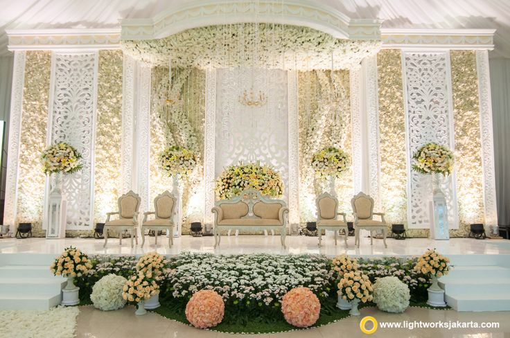 White Wedding Stage