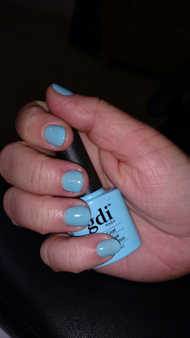 Sky blue gel nails :) https://m.facebook.com/Z.rune/