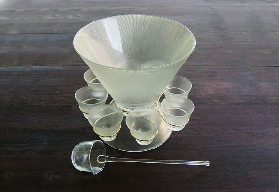 Mid Century Modern Punch Bowl Set / Midcentury / Serving / Scandinavian / Federal Glass / Glassware / Thrifting / Etsy / Duncan & Co.