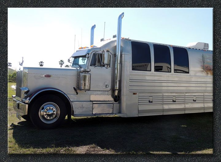 The original serial number 001 kingsley coach 1990 for Peterbilt motor coach for sale