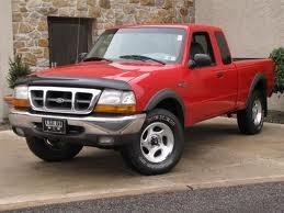 2000 Ford Ranger Supercab 4x4. Traded the Thunderbird in for this. Drove it from 2000-2001