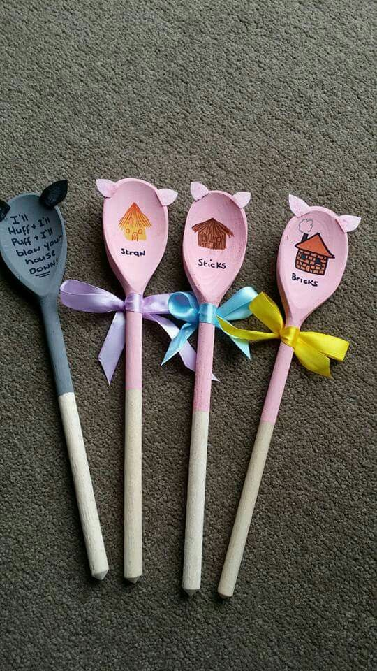 Back of The Three Little Pigs spoons - to help with retell