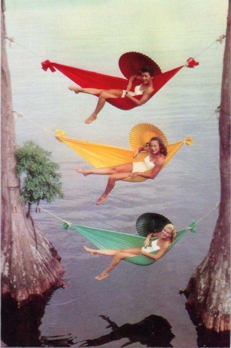 1940s swimsuit girls in hammocks: Friends, Umbrellas, Color, Hammocks, Vintage Summer, Cypress Gardens, Bath Beautiful, Vintage Travel, Vintage Photo