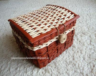 Paper wicker basket