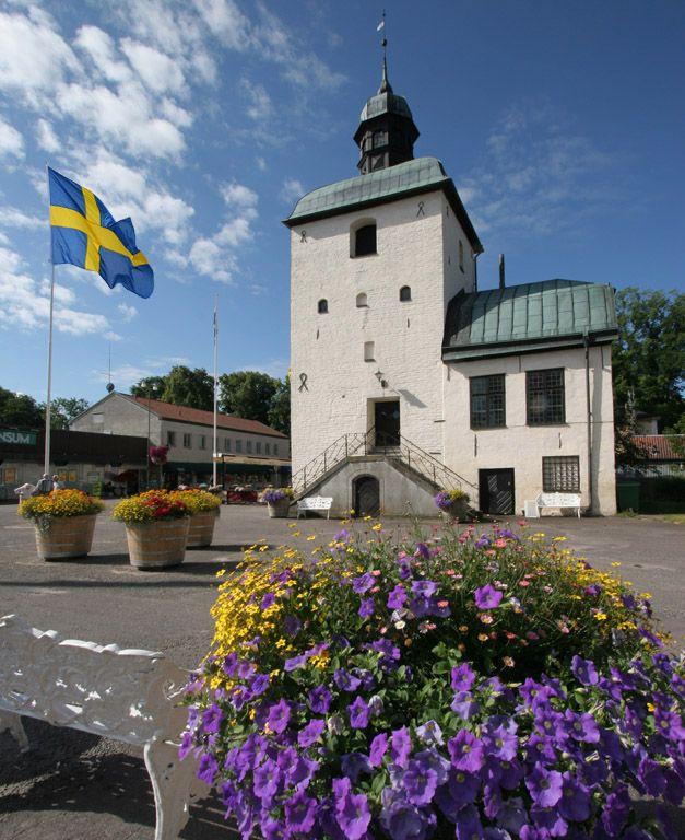 (via Vadstena, a photo from Ostergotland, Gotaland   TrekEarth) Vadstena, Sweden