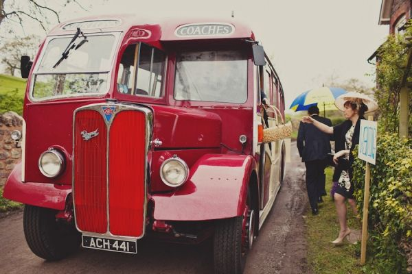 English Country Wedding. dear lord must have this for shuttle.