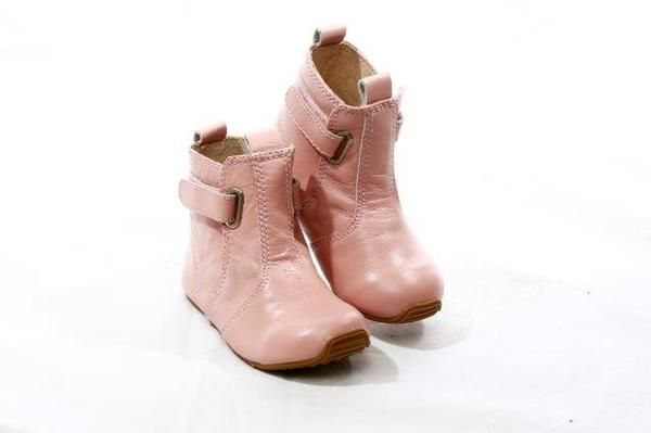 SKEANIE Cambridge Girls Pink Leather Boots. Sizes 4-13  The cutest little boot your little princess will ever wear.  The best way to describe these boots is GORGEOUS.  These boots look so cute with stockings and skirts or just as cute with a cute pair leggings or jeans.  They are made of the highest quality leather with velcro closures. The full rubber sole is durable, while offering the optimum flexibility needed for growing, little feet
