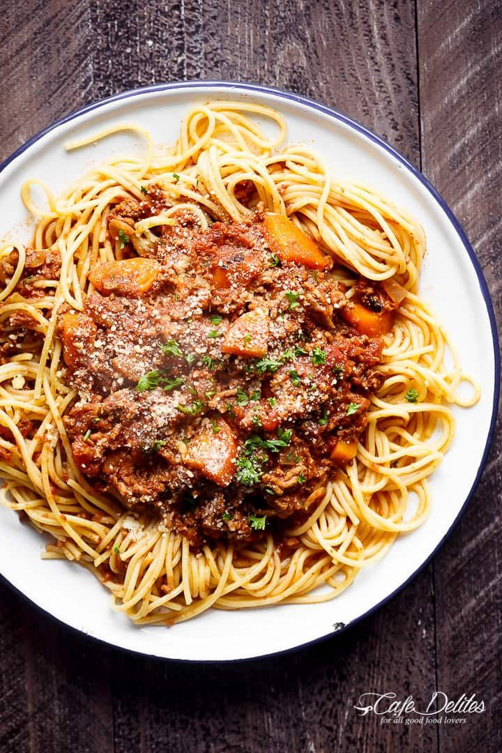 Easy to make rich and rustic Slow Cooker Spaghetti Bolognese with a sauce, packed with so much flavour to coat your pasta (or Zucchini noodles) of choice!