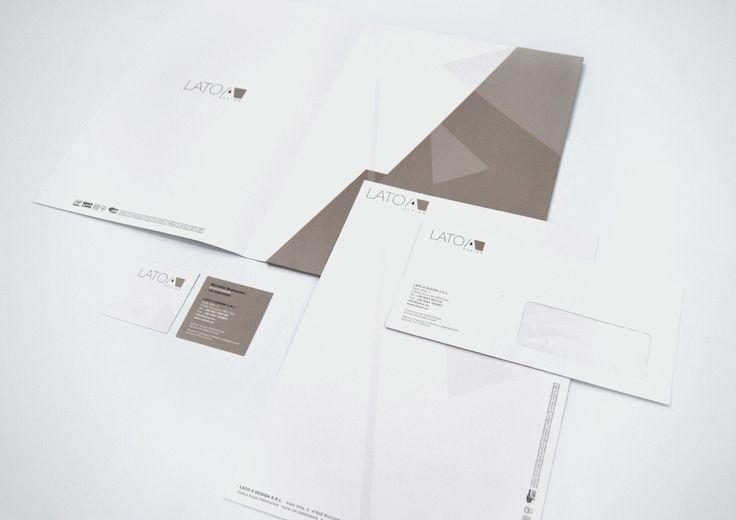 Lato A Design Progetto intestati Biglietti da visita, busta e carta intestata Stampati 2 colori Pantone Carta Fedrigoni Splendorgel Extrawhite