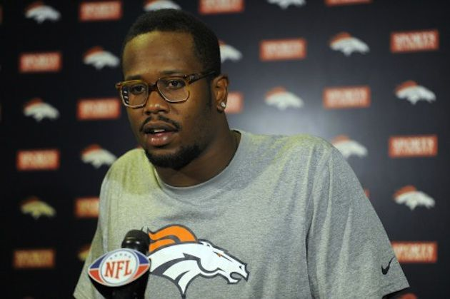 Drugs Are Bad M'kay: Denver Broncos Baller Von Miller Faces 4-Game Suspension For Gettin' Down With Mary  Molly! - http://celeboftea.com/drugs-are-bad-mkay-denver-broncos-baller-von-miller-faces-4-game-suspension-for-gettin-down-with-mary-molly/