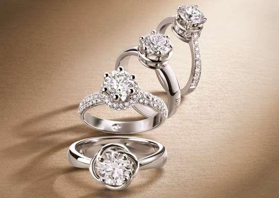Anello di fidanzamento: scegli o crea il solitario dei tuoi sogni! - Matrimonio.it: la guida alle nozze
