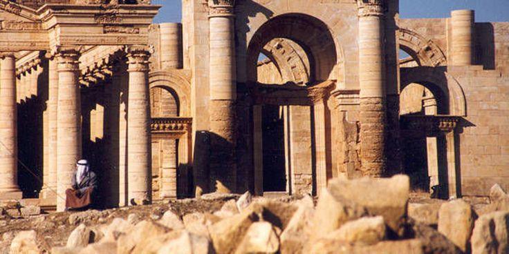 Mentre in Siria venivano decapitati 26 soldati posti a protezione del sito archeologico di Palmira, qui a Rabat in Marocco si teneva un summit dell'Assemblea dei parlamentari del Mediterraneo sulla protezione del patrimonio culturale mondiale minacciato dalla distruzione del terrorismo culturale nel mondo arabo- islamico.