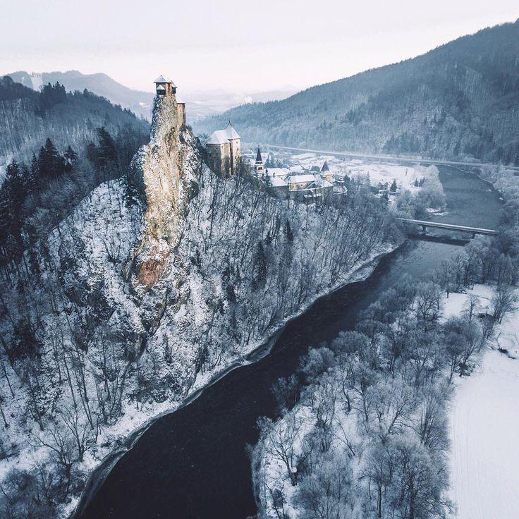 10 najkrajších HRADOV A ZÁMKOV na Slovensku, ktoré nám môže závidieť celý svet | interez.sk