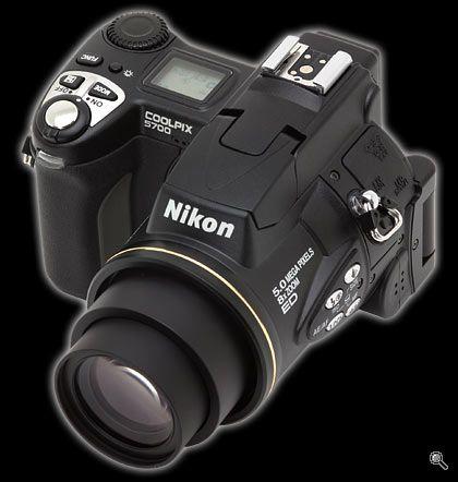 Nikon coolpix 5700. Mit 2. digitale kamera med 8x zoom. Købt i USA