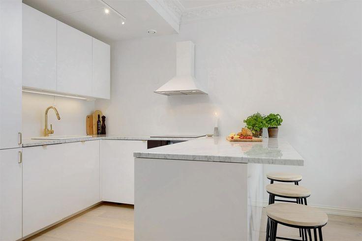 fronter i lysgr? valchromat skrogene er fra ikea # ikea # kitchen ...