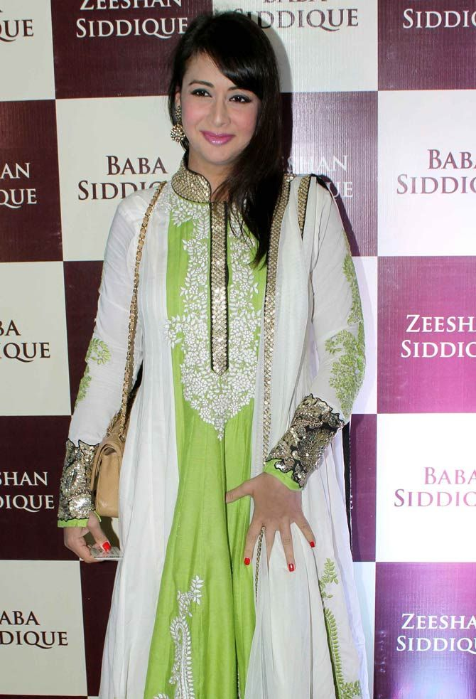 Preeti Jhangiani at Baba Siddique's iftar party. #Bollywood #Fashion #Style #Beauty #Hot #Desi #Ethnic