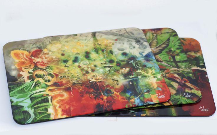 Individuales con la obra pictorica de Calero 4o x 30 cms en madera,resina de vidrio,impermeables,resisten calor extremo