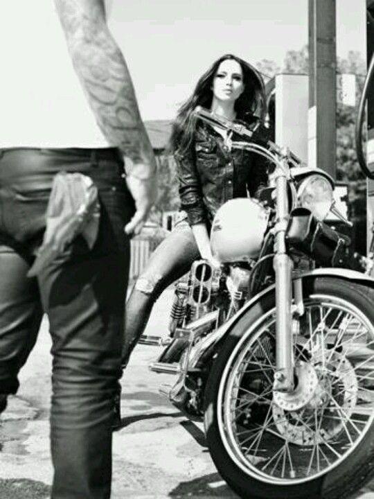 Casual, belts, leatherbelts, men, fashion, crocodile, phython, Plácido de la Rosa, luxuryshopping, complementos, rings, urban, men's belts, motocycle, woman style.