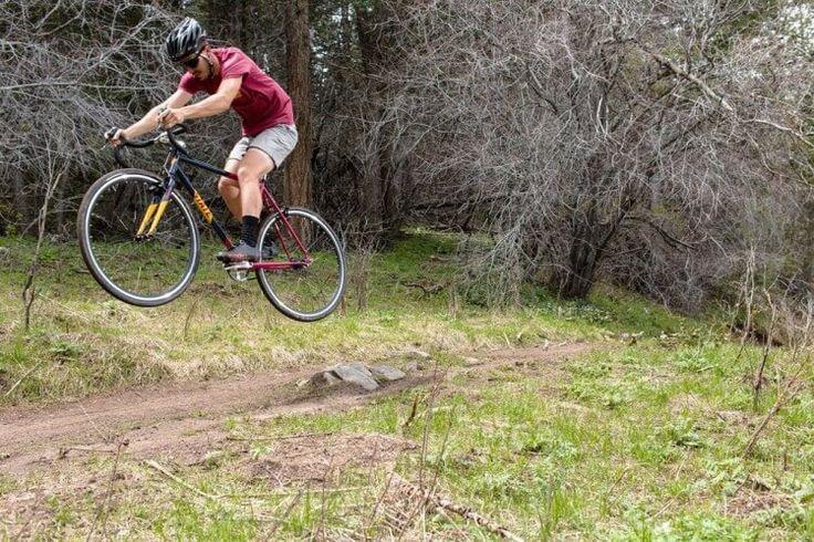 7 Langkah Mudah Menghadapi Trek Sepeda Gunung