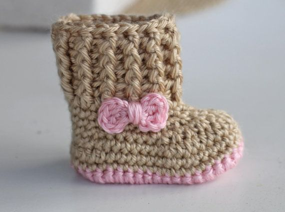 Crochet Baby Booties - Baby Girl Booties - Baby Snuggly Snuggs - Newborn to 6-12 mos sizes.