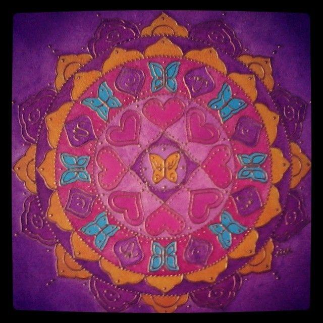 Mandala que conecta con la energía femenina