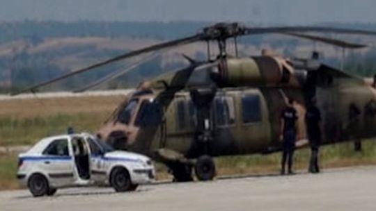 Erdoğan'a suikast için giden ekip Samandıra'dan kalktı  Darbeci askerler, 15 Temmuz gecesi Cumhurbaşkanı Erdoğan'ı öldürmek için bir suikast ekibi görevlendirdi. Suikast ekibi, Erdoğan'ın Marmaris'te kaldığı otele gitmek için Samandıra Askeri Hava Üssü'nde bulunan bir helikopterle harekete geçti. Hain darbe girişimi gecesi Samandıra Askeri Hava Üssü'nden kalkan 5 helikopterden biri Marmaris'e suikasta giderken, kalan 4 helikopterdeki darbeciler de İstanbul Büy