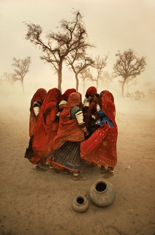 Лучшие фотографии Стива Мак-Карри Stiv Mak Karri Буря, Раджастхан, Индия
