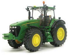 Tractoren : Britains 42266 John Deere 7930