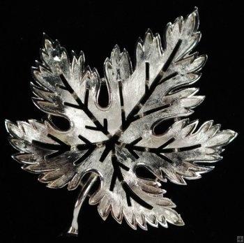 Crown Trifari Silver Toned Maple Leaf Pin