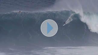 Shane Dorian // Jaws // 4:25   SURFING Magazine  Holy Cow!