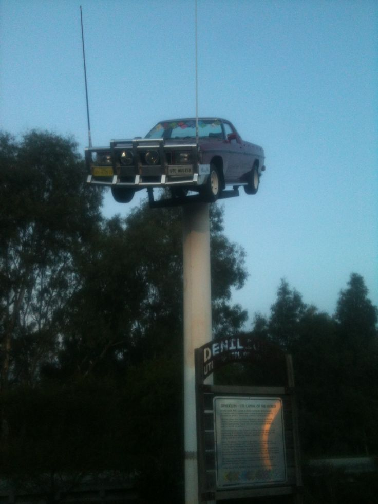 The Ute on the Pole in Deni.... And yes, it is a working Ute.....