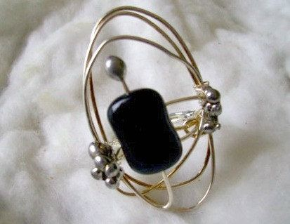 Black Onyx Ring. Silver Wrapped Ring. by JirjiMirjiOneofaKind, €22.50