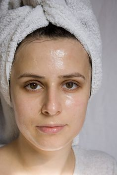 Honey is a humectant, which means that it is able to retain moisture in the skin, improving elasticity. This property makes it ideal in treating wrinkles and tightening sagging facial skin. The simplest way to use honey as a home remedy is to just apply a thin layer to the skin. Leave it on for about 15 to 30 minutes, then rinse it off with cool water.