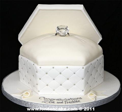 3908 Ring Box Engagement Cake.jpg