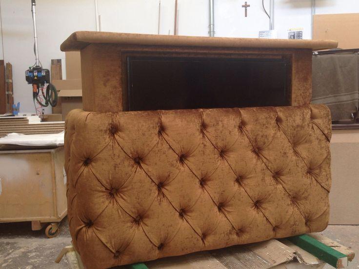 Creazione FgcLoft pouf per tv in  capitonnè motorizzato... Tecnologia e design..