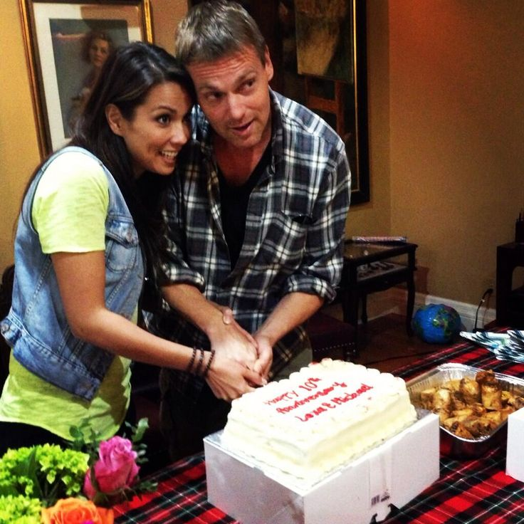 Arrow actress Lexa Doig with her boyfriend-turned-husband Michael Shanks