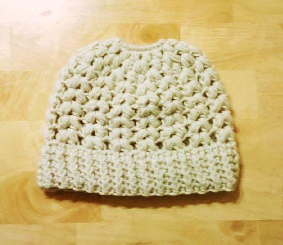 Crochet Puff V stitch ponytail/bun hat. Size by YarnCharmsBoutique