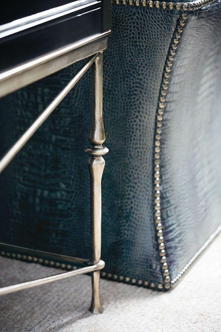 Высокий Комод Палуба и металлическое основание |  Бернгардт